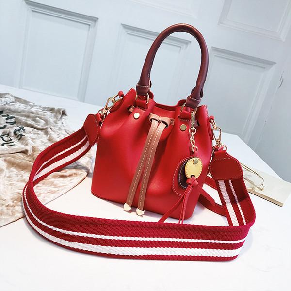 Jiulin femmes sac avec le sac coloré bracelet seau femmes PU Sacs à bandoulière en cuir Marque Designer Ladies Crossbody messenger Sacs