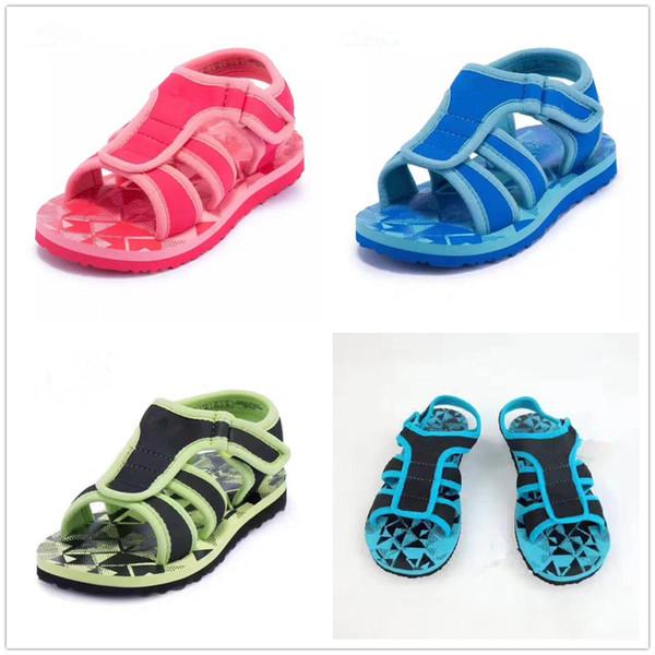Sommer Kinder Qualität Neue Sandalen Jungen und Mädchen Freizeitmode Sandalen Rose, schwarz-grün, schwarz-blau und himmelblau sind optional