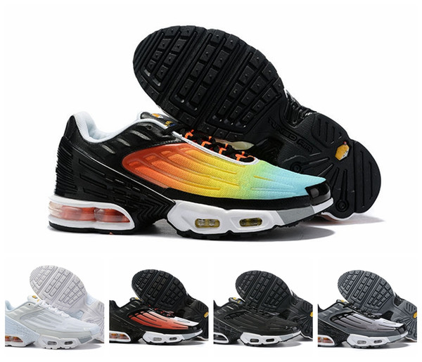 2019 Plus III 3TN Ultra OG Zapatillas de deporte de diseñador para hombre Outdoor tn Triple Black air White Sport Sock Sneakers Fashion Men Runner Shoes