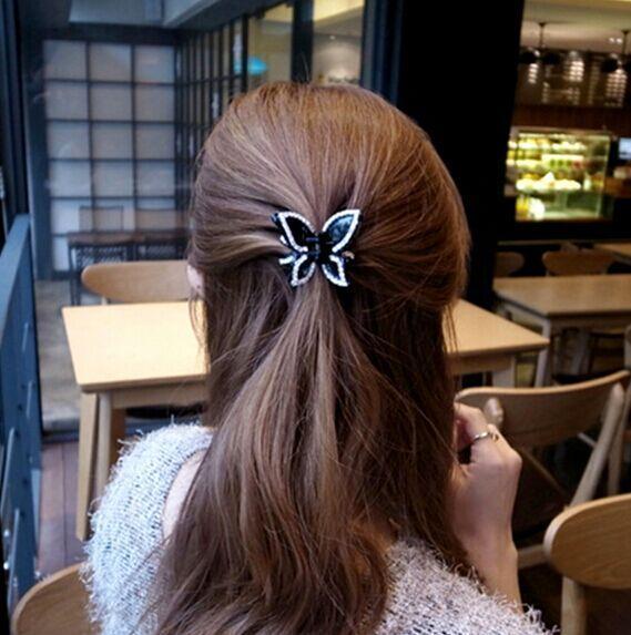Commercio all'ingrosso di piccole dimensioni mini clip di artigli per capelli neri cristallo strass farfalla capelli gioielli morsetti pin accessori per capelli per le donne