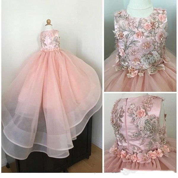 Dentelle Rose Perlée 2019 Fleur Gilr Robes Tiers Robe De Bal Petite Fille Robes De Mariée Pas Cher Belle Enfant Pageant Robes Robes Robes GA008