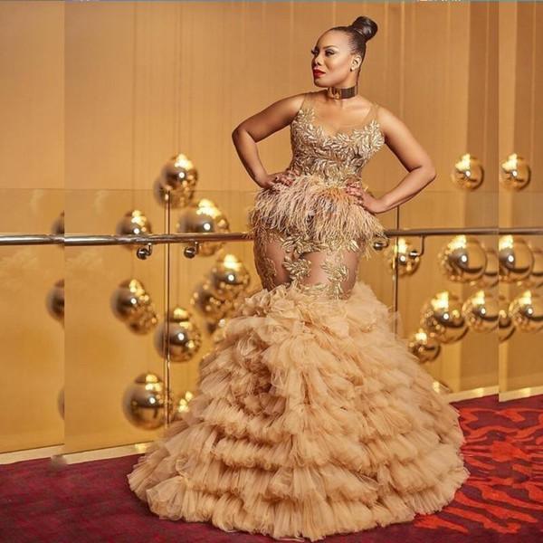Femmes sexy robes de bal bijou pure dentelle appliques plume illusion robes de soirée cocktail Jupes à étages Robes de soirée longueur