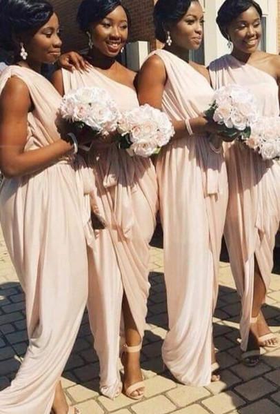 La mejor venta africana nuevos vestidos de dama de honor 2019 barato de un hombro gasa dividida plisada chica negra boda invitado fiesta Prom vestido de damas de honor