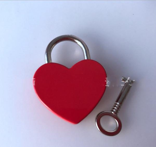 Herzförmige Liebe Lock Mini Vorhängeschloss Gepäck Hardware Sicherheit Anti-Diebstahl Schnalle Hochzeitsgeschenk Gefälligkeiten