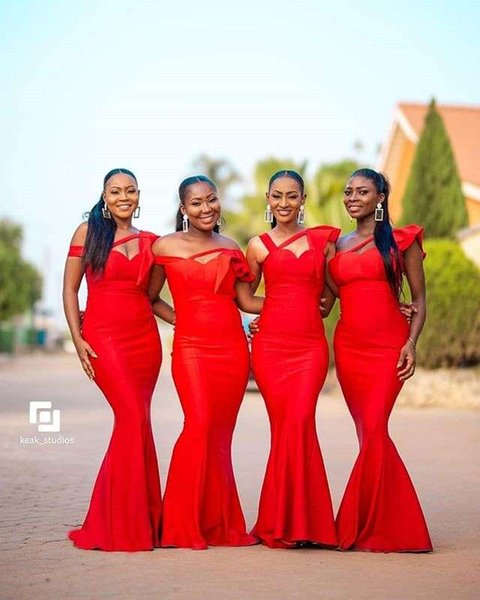 2019 Red Off The Shoulder Bridesmaid Dresses Floor Length Satin Maid Of Honor Wedding Guest Gown For Country Wedding South Africa