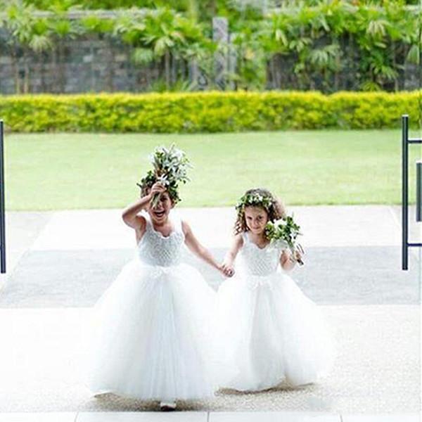 Lovely White Kids Flower Girls Dresses for Weddings Pentelei with Illusion Tulle Little Girls Gowns Arabic Kids Pageant Dress