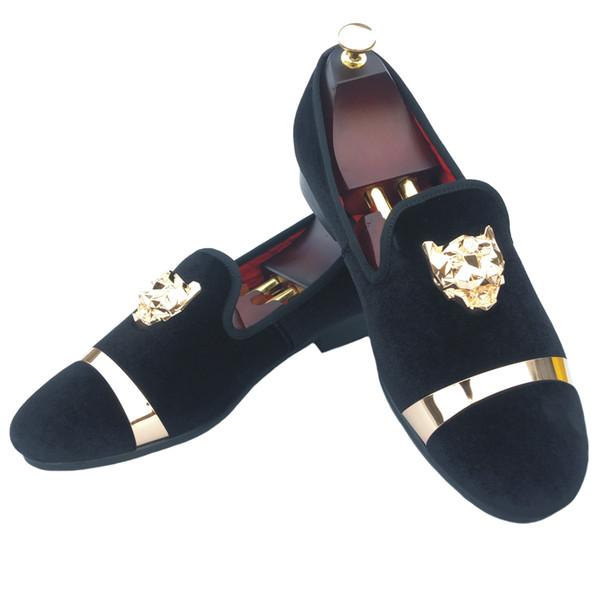 Handmade Homens Velvet Loafers chinelos com fivela de ouro Wedding Dress Shoes Deslizamento-Em Fumar Flats Com Red Black Bottom Branco Vermelho Azul s02