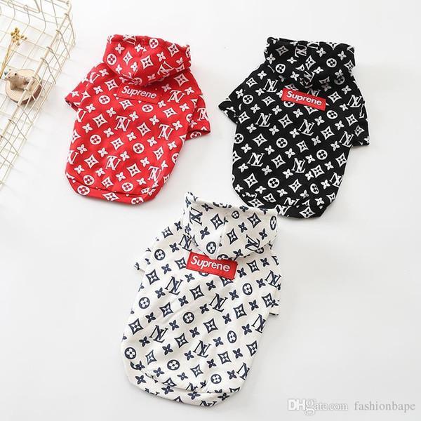 Köpek \'; S Triko Moda Marka Teddy Köpek Giyim Sonbahar outwears Siyah Beyaz Kırmızı Triko Giyim Boyut XS -2xl YENİ tarzı Isınma