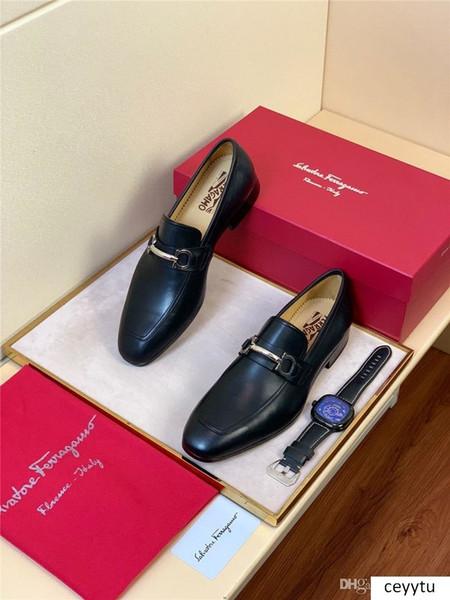 A8 Yeni stil Siyah Deri Erkek Perçinler loafer'lar tasarım Moda Kayma-on Erkek Elbise Ayakkabı El yapımı Erkekler Rasgele Düz Ayakkabı Sigara