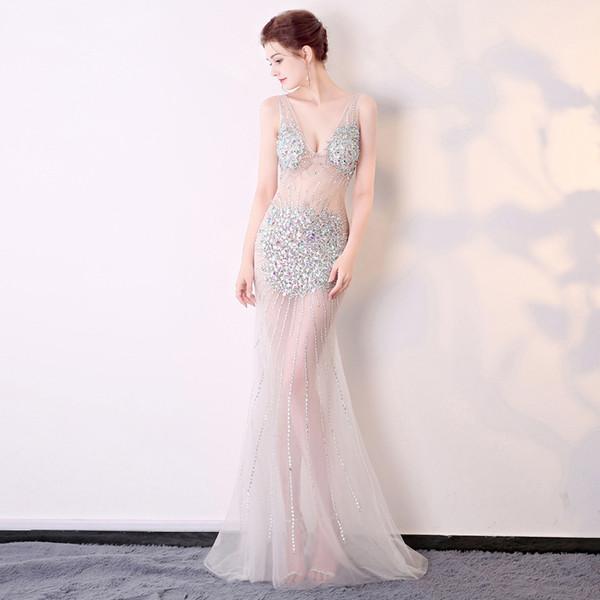 2019 New Sexy perspectiva carregamento exposição local show de noite trajes profundo V-neck bag hip fishtail mão-costurado longo vestido de noite
