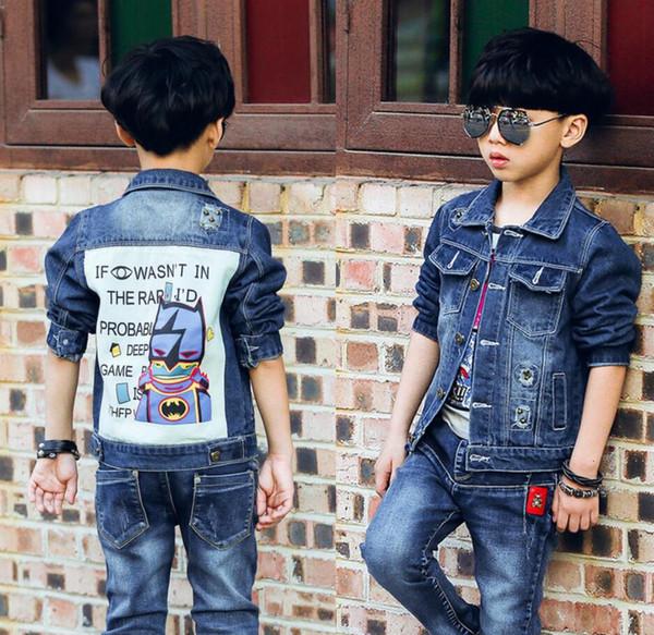 2019 frühjahr neue modelle koreanische kinder mode mantel jungen patch loch denim oberbekleidung big boy cartoon jacke