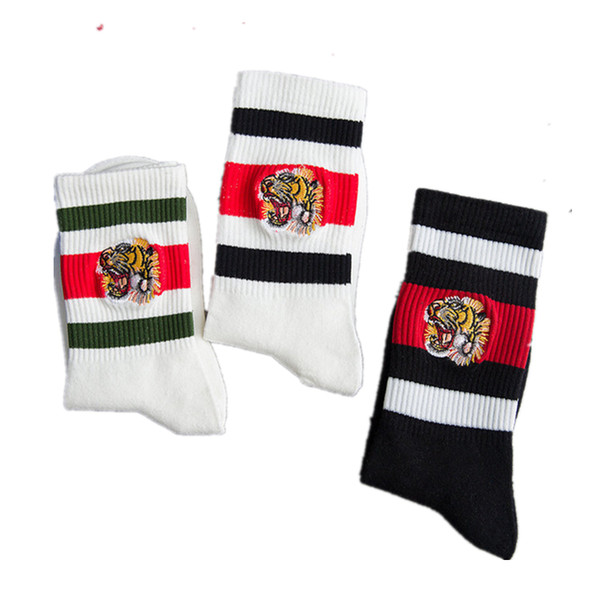 Fashio mens designer socks off embroidery Tiger head stripes sports couple white stockings cotton stripes knitted tube socks dolce