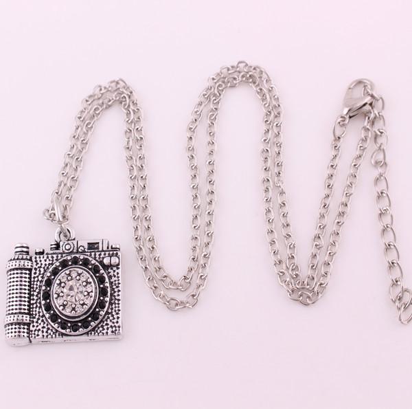 H19 New Fashion Jewelry Vintage Camera Necklace Pendant Hot Sale Enamel Black Color Fashion link Necklace/snake chain necklace