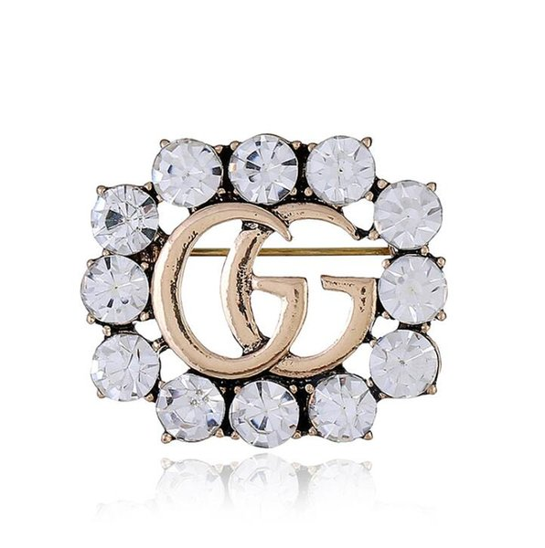 G Letter Brooch Crystal Rhinestone Letter Brooch Pin 25*30mm Women Hollow Corsage Brooches Alloy Jewelry OOA6823