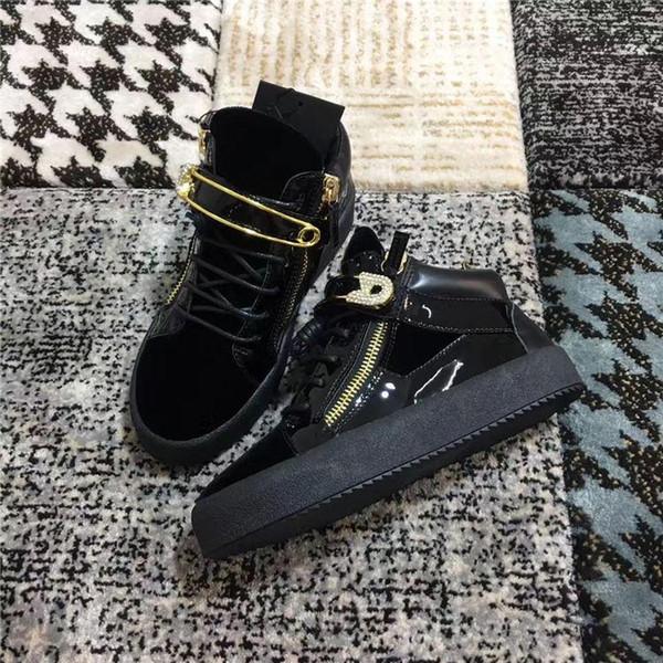 Мода Марка Обувь Мужчины Женщины Повседневная Низкий Топ Черный замша Кожа золотая цепочка удобная Спортивная Обувь Двойная молния кристалл Плоские кроссовки