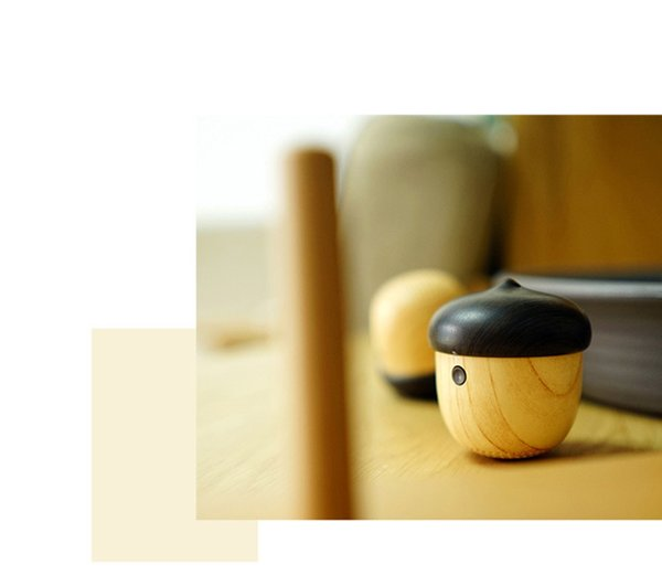 2019 Wholesale Nut Speaker Wooden bluetooth mini with Built-in Microphone & Strap Wood Loudspeaker for iPhone & Android Retail Box DHL