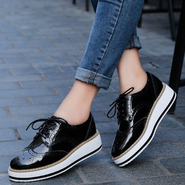 SLYXSH Primavera Mulheres Sapatos de Plataforma Mulher Sapatos de Couro de Patente Brogue Lace Up Calçados Femininos Sapatos Oxford Plana Para As Mulheres