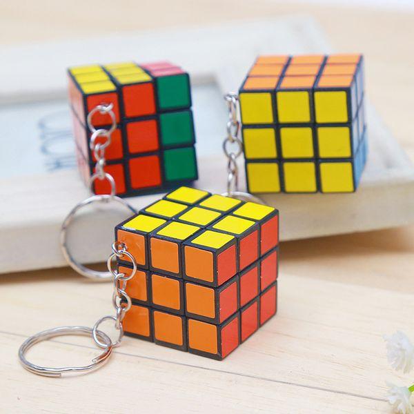 2019 3x3x3cm Mini Magic Cube Puzzle Keychain Magic Game magic Square key ring learning education game cube good Gift toys key rings