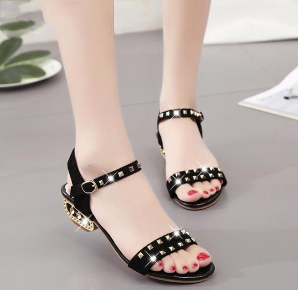 2020 Summer fashion rivets Women Shoes Gladiator sandals Buckle woman Roman shoes Ladies Sandals For elegant Woman party sandals