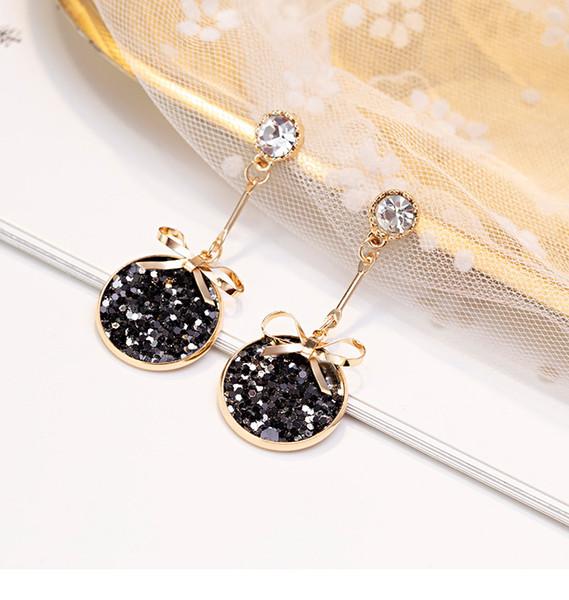 Super fairy net red earrings female temperament Korean personality wild earrings s925 sterling silver needle cold wind earrings