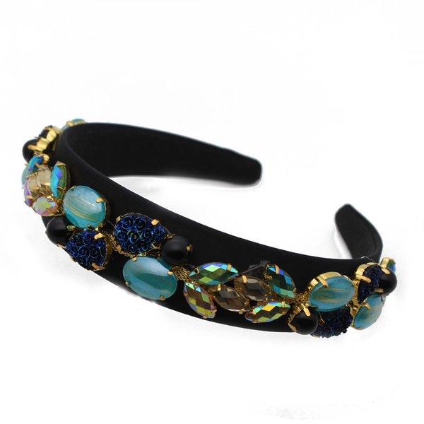 B Blaues Stirnband