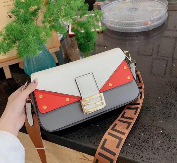2019 Famous High quality Women handbags calfskin real leather Zipper purse chevron designer Tassel messenger bag camera bag