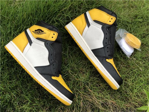 2019 Otantik Hava Yüksek OG 1 Sarı Ayak Beyaz Siyah Erkekler Için Basketbol Ayakkabı 1 S Spor Sneakers AR1020-700 Indirim