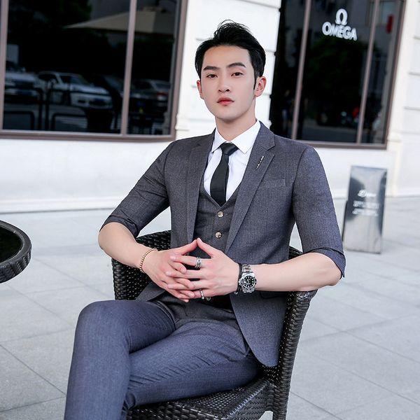 Kostüme Homme British Style Business schlanke einfarbige Anzug 3-teilige männliche Friseur Sieben-Punkt-Ärmel Casual Business-Kleid