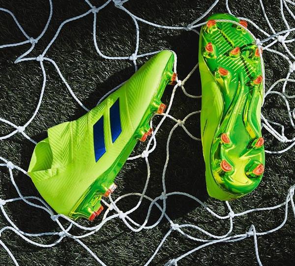 2019 yeni orjinal erkek futbol krampon Predator hızlandırıcı futbol ayakkabıları Predator 18+ FG futbol ayakkabıları
