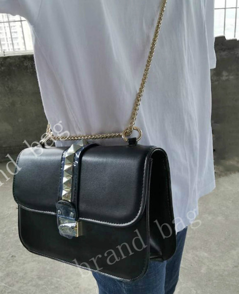 Moda tasarımcısı marka çanta en kaliteli sevgililer İtalyan hakiki Deri çanta perçin zincir kadınlar için Omuz çantası (büyük) 27 * 17 * 8 cm k0632 #