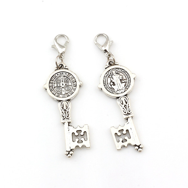 plata 100pcs antiguo Benito Medalla Cruz Smqlivb clave flotante corchetes de la langosta granos del encanto religiosa 16.5x55.2mm joyería A-580b