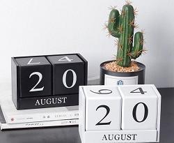 best selling Fashionable new wooden calendar creative home decoration furnishing living room desktop study shop bar decoration calendar