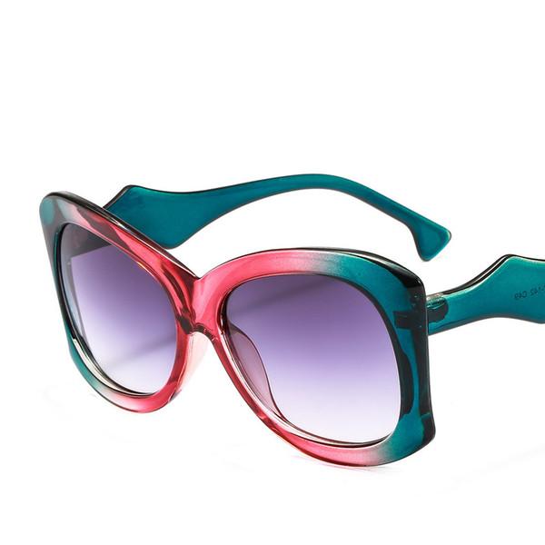 2d00335aecd11 2019 Hot Oversized Óculos De Sol Das Mulheres Famosas Designer Gradiente  Óculos Na Moda de Alta Qualidade Proteção UV Moda Eyewear Designer de Óculos  De Sol