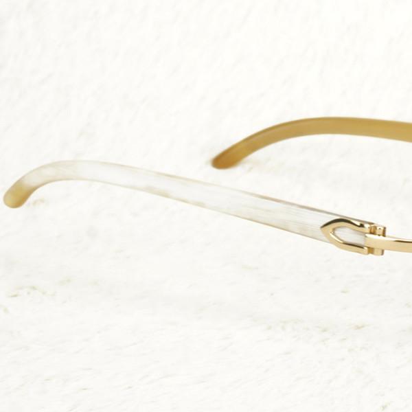 Gold weißes Horn