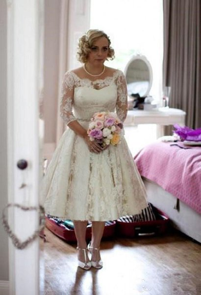 Plus Size Lace Wedding Dresses 2019 Scoop Illusion Long Sleeves Bridal Gowns Tea Length a Line Wedding Dresses Custom Made