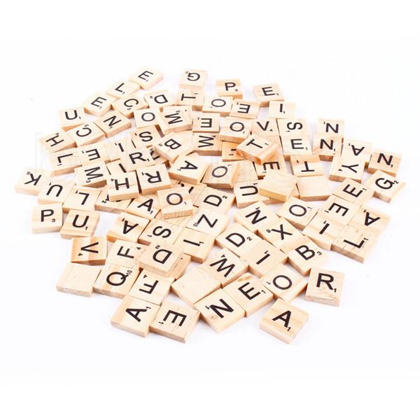 100pcs / set L'alfabeto di legno Scrabble piastrelle nere lettere numeri per l'artigianato di legno puzzle per bambini RRA2226