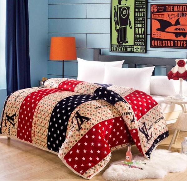 200 * 230cm corallo coperta in pile moda ispessimento confortevole doppia aria condizionata coperta lettere di stampa calda coperta carina di flanella