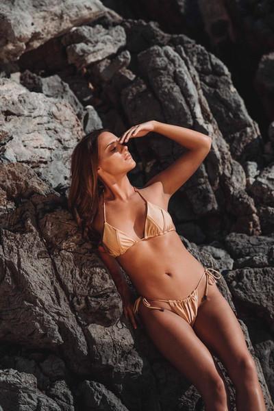 Женский раздельный чистый купальный костюм с ремешком Сексуальный треугольный купальный костюм с бюстгальтером и без стального кронштейна