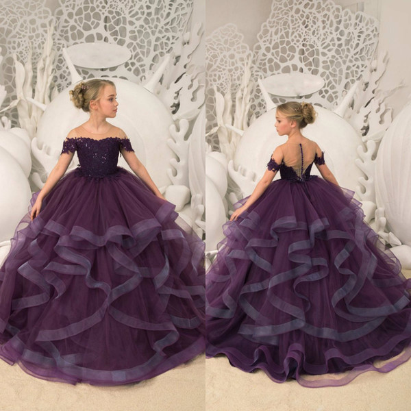 2019 Burgundy Flower Girl Dresses for Wedding Off Shoulder Lace Sequined Ball Gown Tiered Ruffles Girls Pageant Dress Kids Communion Dresses