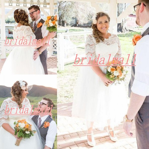 New 2019 Plus Size Wedding Dresses With Half Sleeve White Tulle A-line Western Short Bridal Dresses Button up Back Tea-length Wedding Gowns