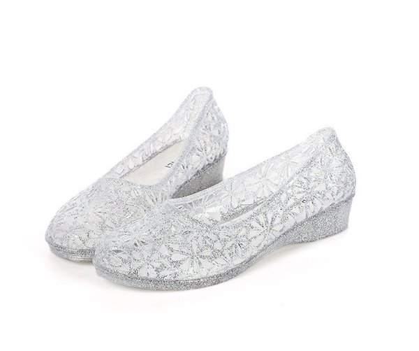 Best Selling New Women'S Shoes Wholesale Sweet Fashion Bird'S Nest Hole  Shoes Plastic Crystal Sandals Flat Flashing Beach Shoes Summer Shoes Best