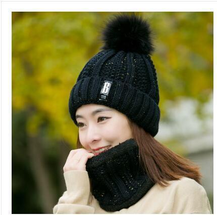 black Hat bib set