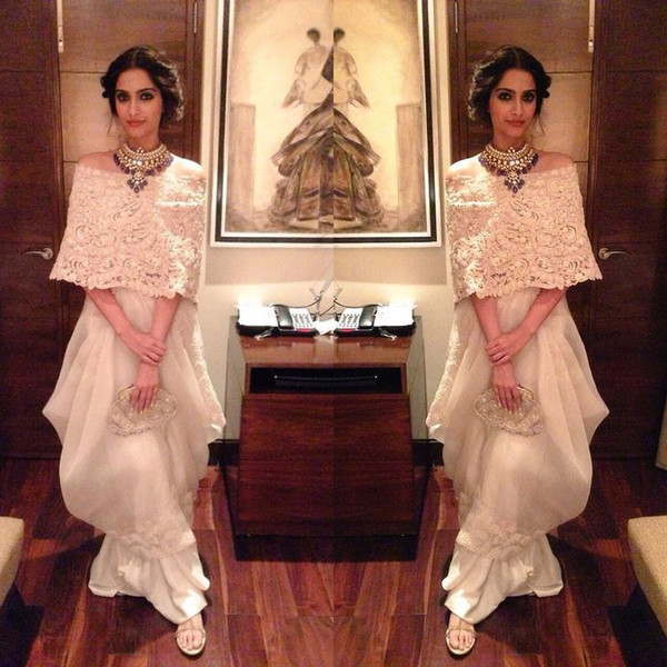 Ivory Elegant lace prom dress slim Top Cape indian hairstyle on western outfit Chiffon Formal Party Holiday Evening Gowns pleat saudi arabia