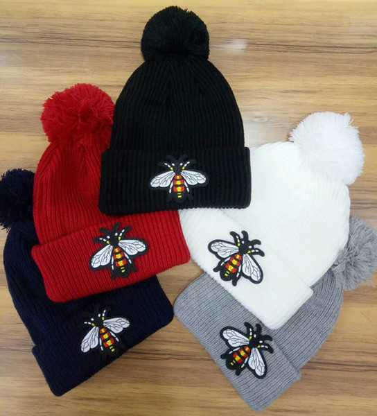 Unisex Winter Fashion Animal little bee women beanie Rough wool knitted hat casual outdoor warm skull caps With pom-pom ski gorros 6 color