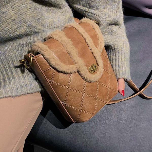 Sacs pour femmes Automne et hiver nouveau sac style parfum sac seau messager sauvage marée de mode petite épaule en peluche fourre-tout