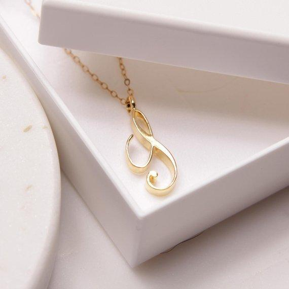 Npcs Cursive English Initial Alphabet S English Necklace tiny English word Initial Letter S monogram charm Metal Engagement necklace