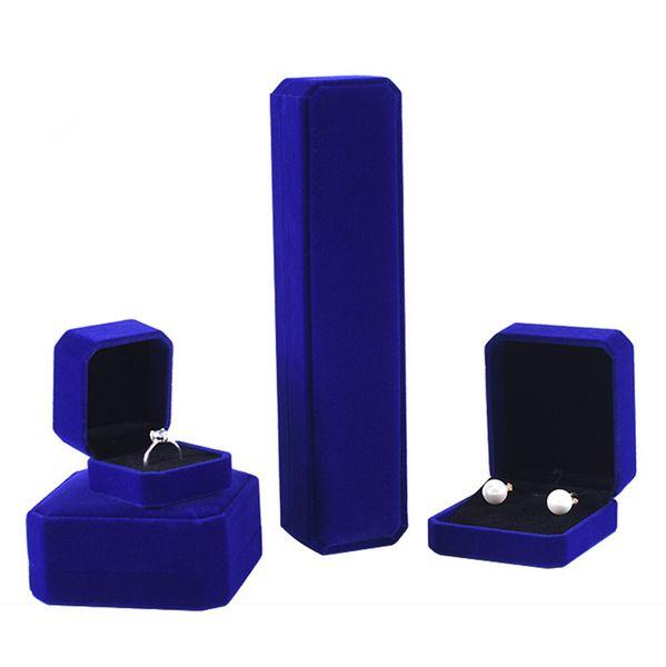 bleu (case)