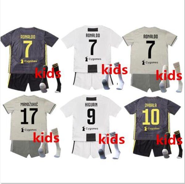 Juventus soccer Jersey Kids Kit 18 19  7 RONALDO home boy Soccer Jerseys  2019  10 DYBALA Child Soccer Shirts uniform jersey Set + Socks d40142f51