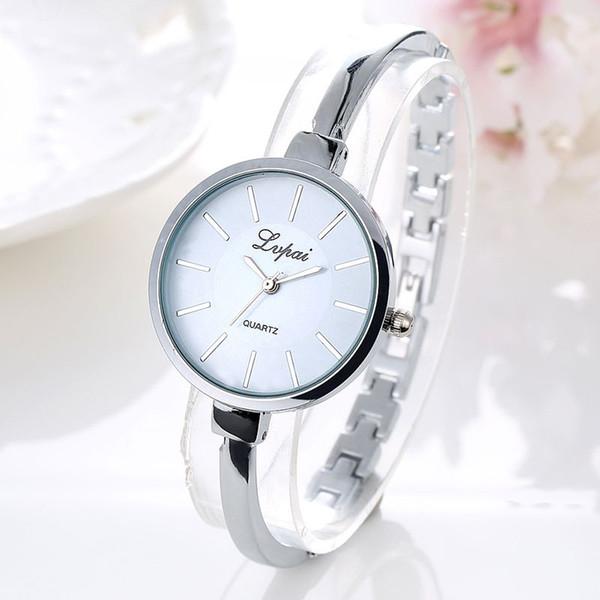 Модные женские наручные часы из легкого сплава Женские наручные часы Кварцевые часы