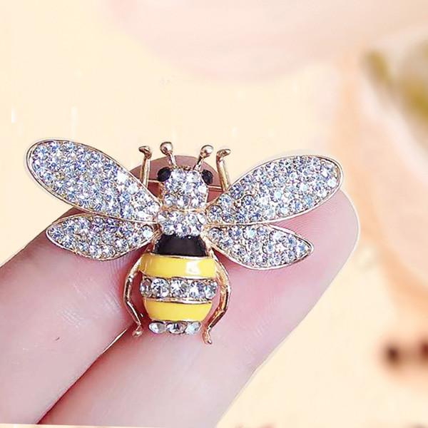 Wholesale Fashion Designer Brooches Pins for Women Girls Luxury Brooch Crystal Rhinestone Flower Animal Bee Brooches Cheap Jewelry